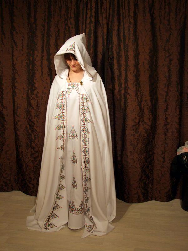 Bien connu Location de BURNOUS de mariée. | Location-robe.com : location de robe DT57