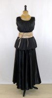 location_robe_grande_taille_black-rose_01