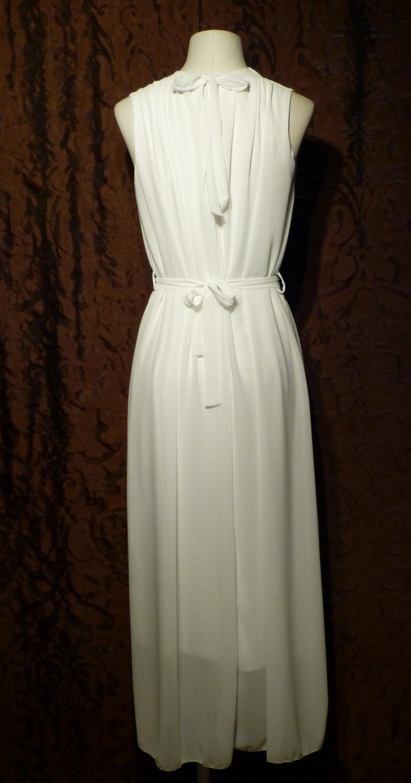 Location robe de mari e location location de robe for Location de robe de mariage en ligne