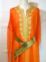 location_robe_orientale_marrakech_orange_02