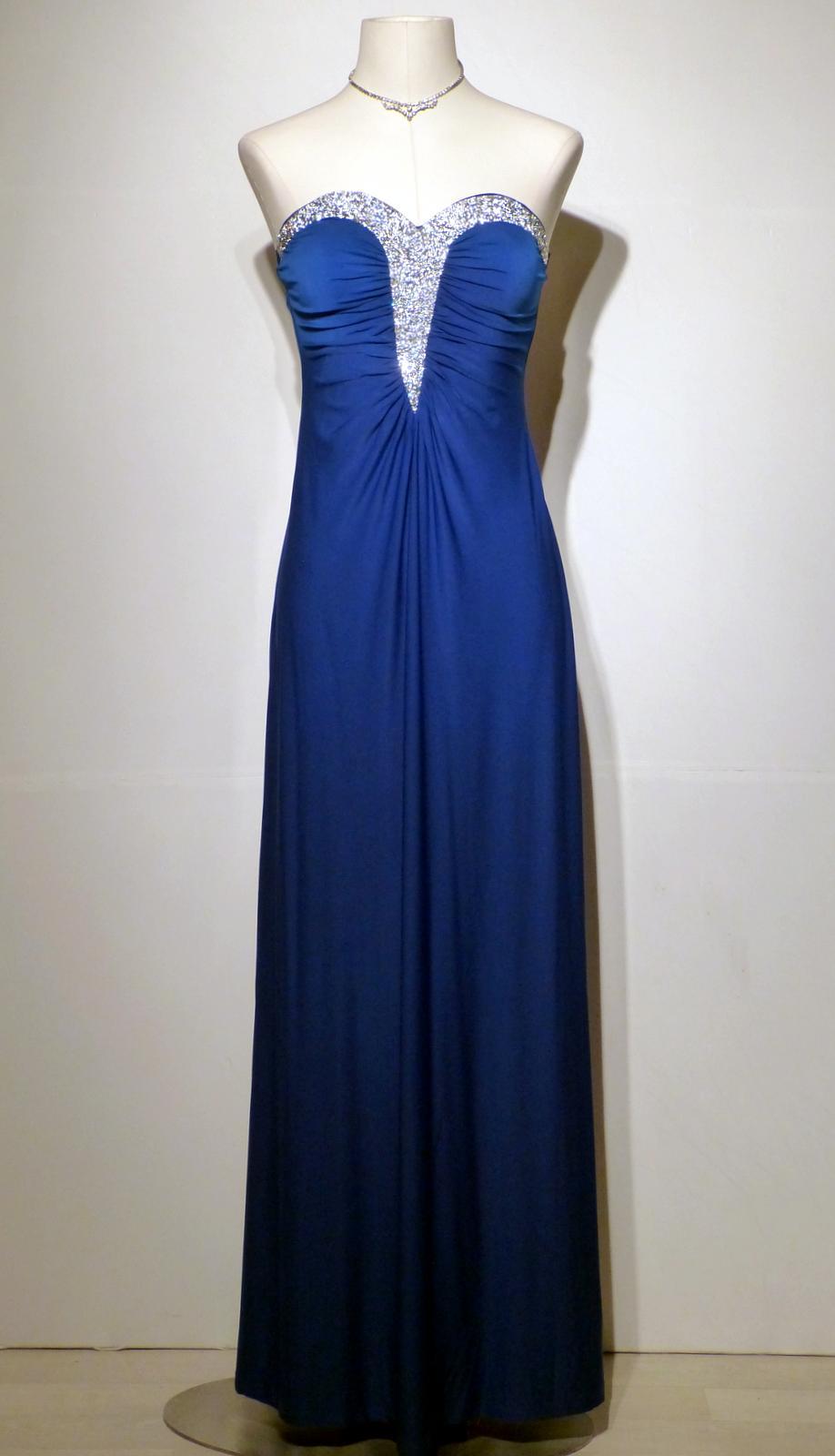 Robes l gantes location robe de soiree taille 50 for Location de robe de mariage en ligne